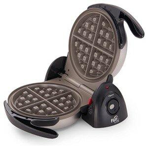 Presto 03510 Ceramic Belgian Waffle Maker